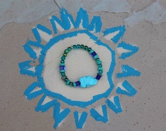 bracelet with assorted blue stones