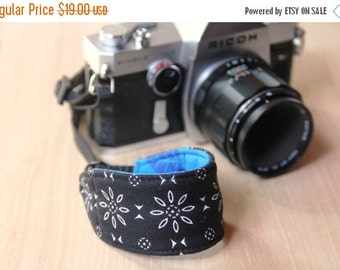 FINAL CLEARANCE Camera Strap for Wrist, DSLR - Quick Release - Black and White Flowers with Blue Leaves - Ready to Ship