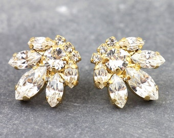 Bridal Stud Earrings,Swarovski Crystal Earrings,White Crystal Cluster Stud Earrings,Bridesmaids Swarovski Earrings,Bridal Crystal Earrings