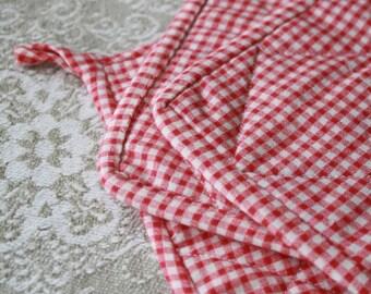 Set of 3 Vintage Hot Pads/Pot Holders -picnic red check, plaid, hot mat, fabric trivet, pot holder