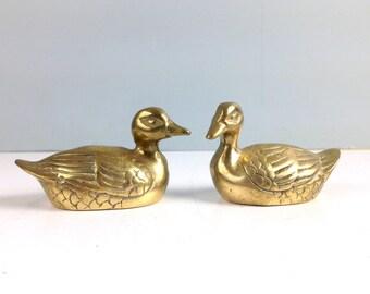 Vintage Brass Ducks, Mid Century Home Decor, Woodland Creature, Brass Figurine, Lake House Decor, Duck, Cute Small Pair of Brass Ducks