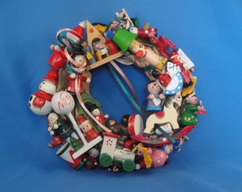 Wooden Ornament Wreath