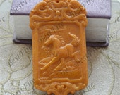 Large Yellow Jade Carved  Horse Jade Pendant,pendant Bead Gemstsone,Carved horse Jade Amulet Talisman,carved jade  Pendant