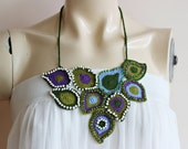 Peacock Necklace  -Peacock Feather Necklace -Crochet Peacock Necklace-Purple Blue Green Necklace with Beads-Peacock Bib Necklace
