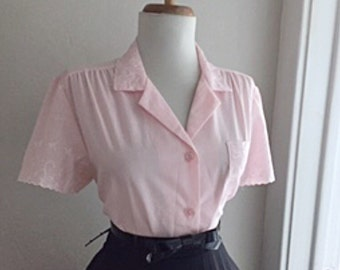 Vintage 1960s Rockabilly Light Pink Cotton Eyelet Short Sleeve Button Down Blouse