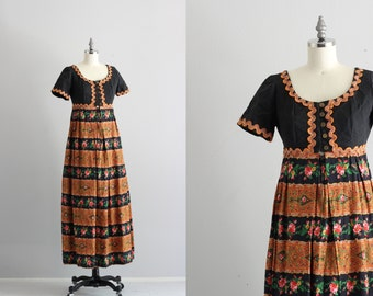 Vintage Maxi Dress . Ric Rac Festival Dress . 1960s Flower Child Boho Chic Dress