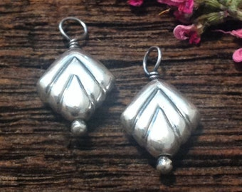 Puffed Sterling Silver Hearts - 2 Small Pendants - Charms -  Dangles   - C100