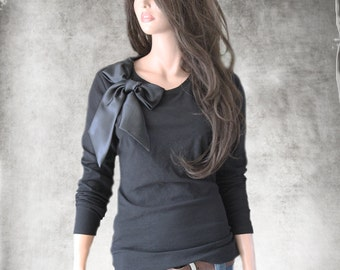 Black bow top/Women long sleeve/Crew neck/Removable bow