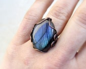 Blue labradorite ring, big stone copper ring, blue gemstone jewelry, rustic copper elegant jewelry, statement jewelry women gift, US size 6