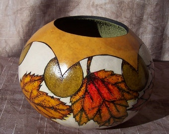 Small gourd bowl with colorful wood burn amur maple leaves. 1893.