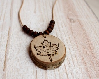 Wood necklace leaf / nature lovers