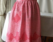 Vintage Apron Red and White Checked Half Apron Retro Kitchen 50s Kitchen Gingham Cotton Mothers Apron Linen Bridal Shower Gift 1950s