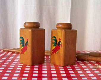 Vintage Rooster Salt and Pepper Shakers BBQ Grilling 1950s Mid Century Wood Long Handle BBQ Shakers Backyard Grilling