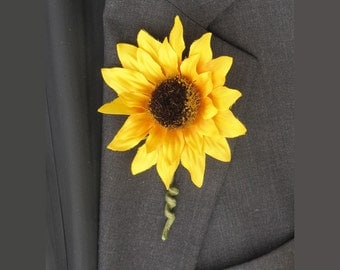 Sunflower Boutonniere, Groom's Flower, Yellow Wedding Flowers, Fall Wedding, Groomsmen's Boutonniere, Sunflower, Father of the Bride