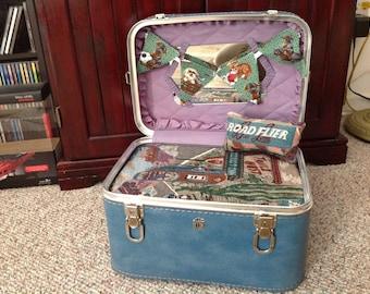 RETRO Cat/ Dog/ Pet Bed ,Vintage Suitcase  -NEW Memory foam PAD Route 66 fabric