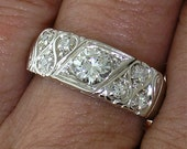 VINTAGE DIAMOND WEDDING Band in 18k White Gold, Circa 1940's to 50's