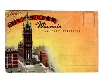 Vintage Milwaukee Wisconsin Postcard Souvenir Folder