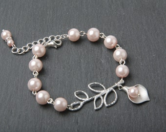 Calla Lily Bracelet Pink pearl Bracelet Bridesmaid Bracelet Bridal Bracelet Pink wedding Bracelet calla jewelry maid of honor gift