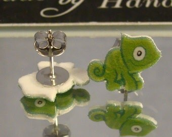 Chameleon Stud earrings - Lizard jewelry - surgical steel