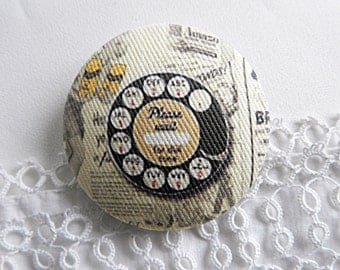 Fabric button, phone, 1.25 in / 32 mm