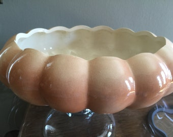 Vintage DELTA Pottery Vintage 1984 Planter Succulent Garden Beautiful Ombre Tan Color 3inches tall 9 Wide Oval Scalloped edges Pottery