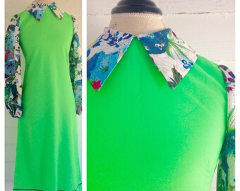 Vintage Bright LIME Green Dress w/ Floral-Jungle Collar & Sleeves