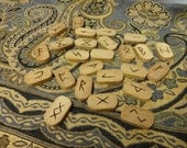 Willow rune set - Elder Futhark - FREE DOMESTIC SHIPPING