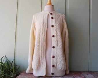 Vtg Womens Medium Sweater Button Down Cardigan Irish Cable Knit Long Sleeve 100% Wool Crew Neck Winter Ireland Preppy Warm Hipster Aviator