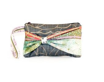 BOW CLUTCH handbag - wrist hanging fabric bag - change purse