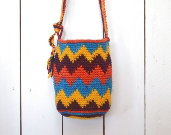 Cross Body Bucket Bag - Vintage Woven Cotton Bag - Early 90s Colorful Crochet Chevron Stripe Bag