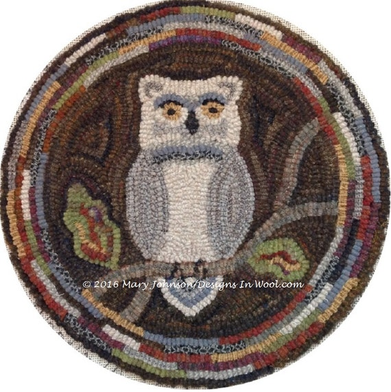 "Rug Hooking PATTERN, Woodland Owl Chair Pad or Table Mat, 14"" Round, J897"