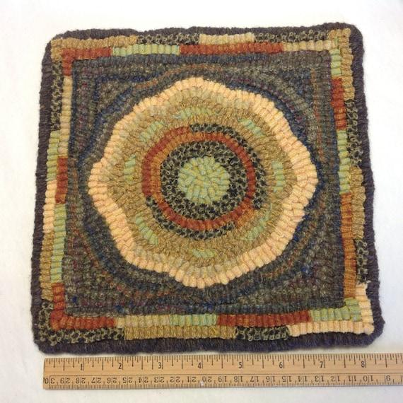 """Rug Hooking PATTERN, SUnflower Mat, 8"""" x 8"""", P113"""