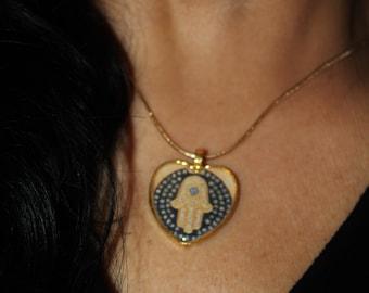 Hamsa charm heart necklace, heart necklace, Judaica jewelry, Hamsa charm necklace, Hamsa charm, gold heart, Hamsa necklace, evil eye charm