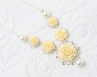 Bridal necklace, yellow wedding necklace, Statement necklace, vintage style flower necklace, rustic wedding, pearl and flower necklace