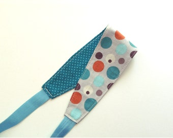 Reversible Fabric Headband for Women, Teens, or Girls. Mod Neutral Dots. Retro Mod Style.