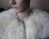 Gorgeous Vintage Fur Capelet, White Fur Cape, White Fur Stole, True Vintage, Satin lining, Soft, Excellent condition fur cape, Real fur