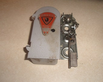 vintage detex watchmans station with key