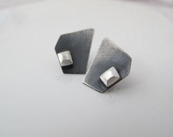 Minimal earrings, silver stud earrings, minimalist, asimetric, modern, gift for her