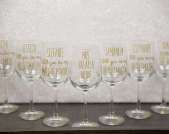 Will you be my Bridesmaid. Maid of Honor, Wine glasses, wedding, Will you be my Bridesmaid gift idea glass, Bridesmaid proposal, gold