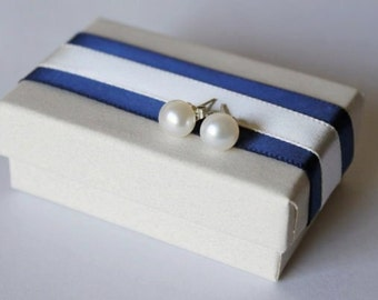 6-7mm AAA real pearl stud earrings, Bridesmaid earrings, white pearl studs, Bridesmaid gifts, flower girl gift, graduation, Navy
