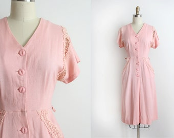 vintage 1940s dress // 40s pink button up day dress