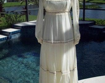 Long Vintage Prairie Dress