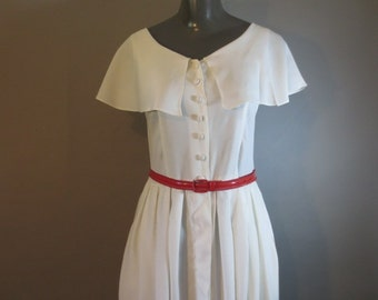 """White Summer Dress // Rayon // Big Collar, Sleeveless // Full Button Front...29"""" waist"""