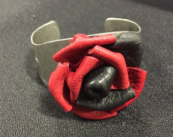 Leather Rose Bracelet - red and black