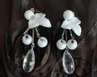 White vintage earrings, dangly, gypsy, bohemian