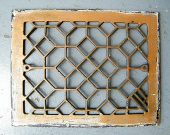 Old Architectural Salvage Cast Iron Heat Grate Register Cover Piece