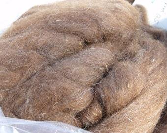 Llama fiber roving, red-brown