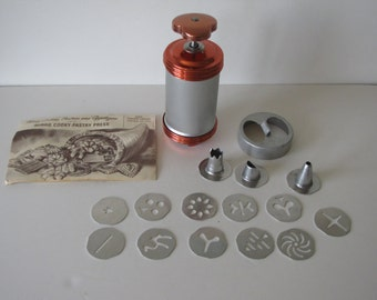 Vintage 1950's Cookie Press - with multiple disks and tips