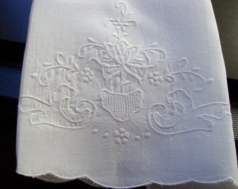 Linen Tea Towel White with White Embroidery and Drawnwork Vintage Guest Towels