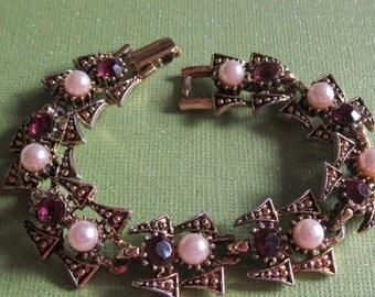 Vintage Faux Pearl Link Bracelet with Amethyst Rhinestones